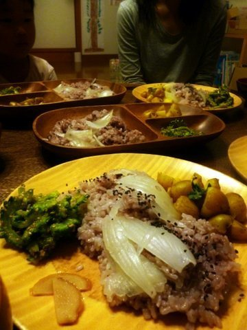 P1140677lonof_dinner.JPG