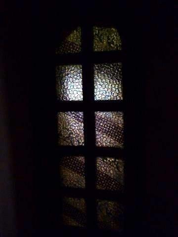P1140724door_curtain.JPG